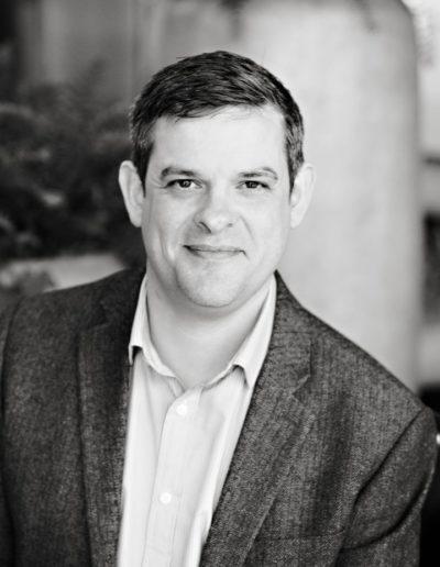 Black and white modern headshots for linkedIn profiles